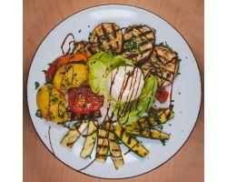 Burrata su verdure grigliate e glassa di aceto balsamico